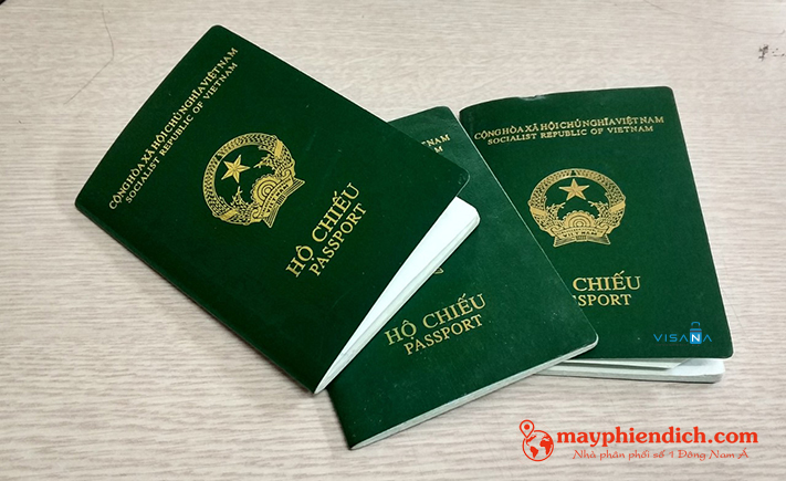 Hộ chiếu là thứ quan trọng cần mang khi đi du lịch